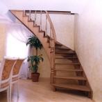 Изготовление деревянных лестниц,  винтовых лестниц,  лестницы фото.