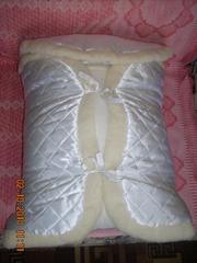 Продам комплект на выписку меховой белого цвета